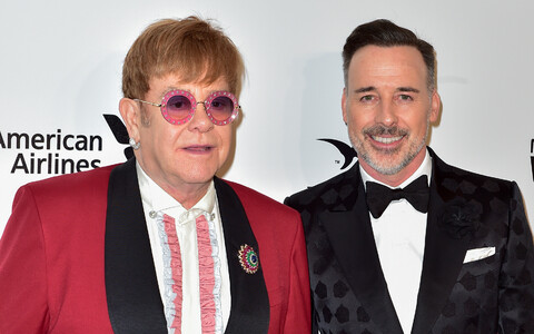 Elton John (vasakul) ja David Furnish.