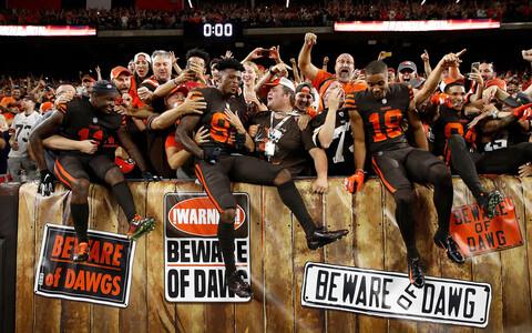 Clevelandi mängijad koos fännidega