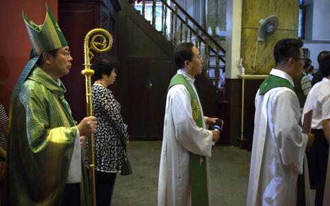 Китайский епископ Джозеф Ли Шань.