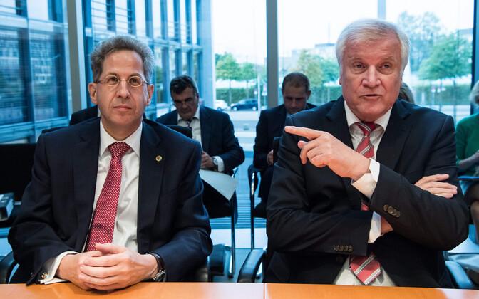 Maassen ja Seehofer 12. septembril pressikonverentsil.