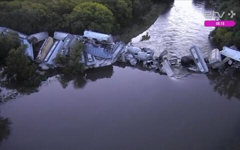 Обрушение железнодорожного моста в США,