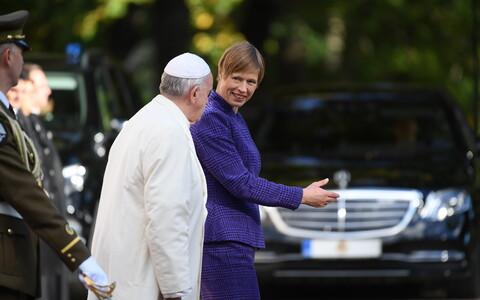 Paavst Francsicus Kadriorus presidendiga kohtumas