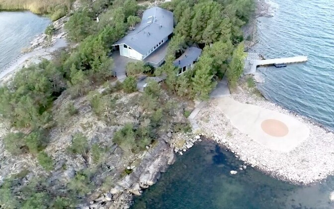 Airiston Helmi krunt Säkkiluoto saarel.