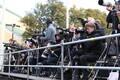 Ajakirjanikud Vabaduse väljakul missat kajastamas