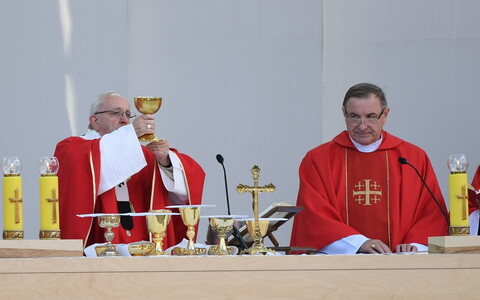 Pope Francis celebrating Holy Mass at Tallinn's Freedom Square on Tuesday. 25 September 2018.