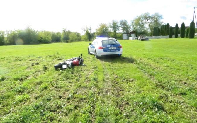 Полиция принудительно остановила мотоциклиста