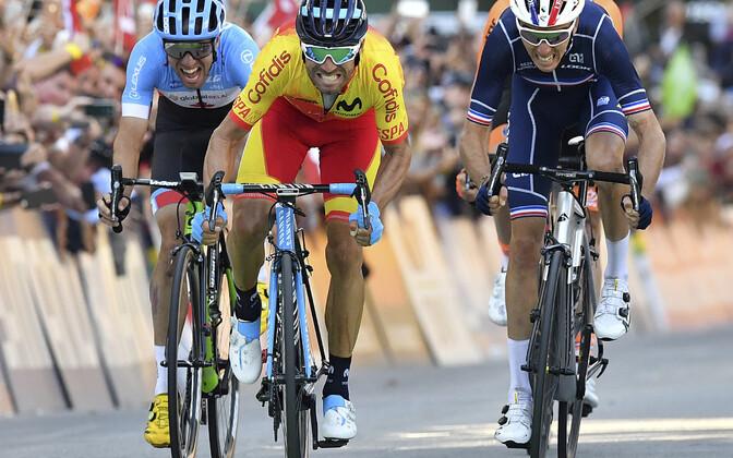 Alejandro Valverde võitmas esmakordselt maailmameistri tiitlit. Varasemalt on hispaanlasel ette näidata kaks hõbe- ja neli pronksmedalit