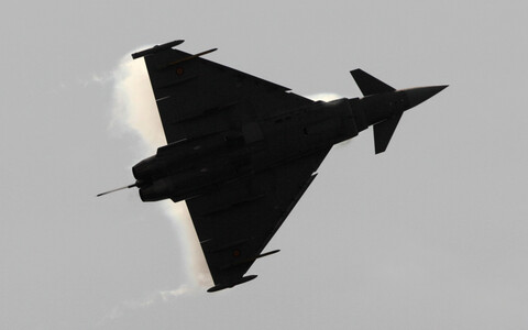Eurofighter Typhoon (picture is illustrative).