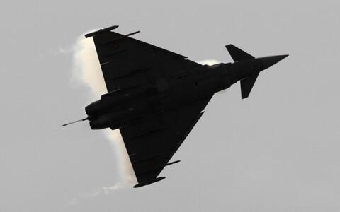 Истребитель ВВС Испании Eurofighter. Иллюстративная фотография.