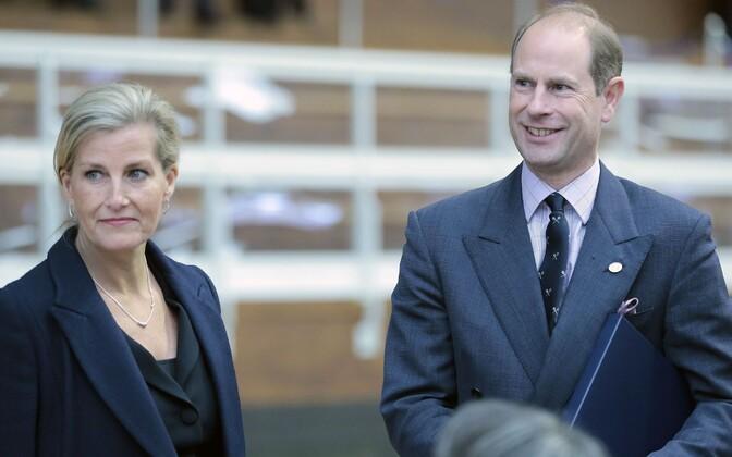 Граф и графиня Уэссекские проведут в Эстонии два дня.