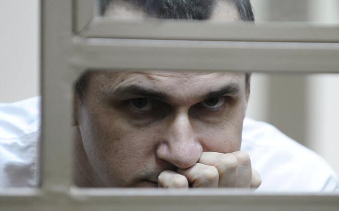 Олег Сенцов в зале суда в Ростове-на-Дону в 2015 году