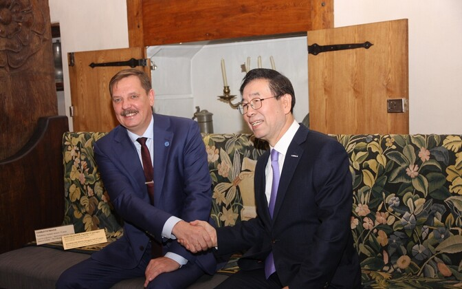 Мэр столицы Таави Аас и мэр Сеула Пак Вон Сун
