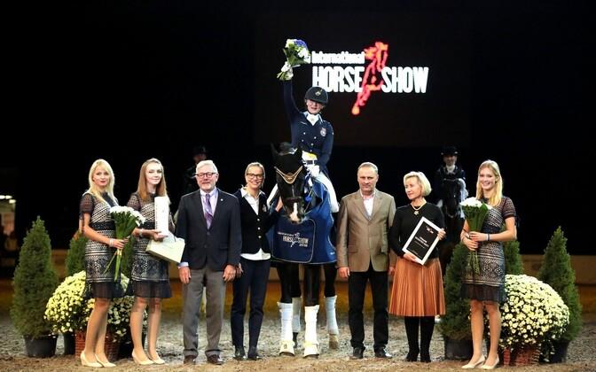 Tallinn International Horse Show koolisõidu autasustamine