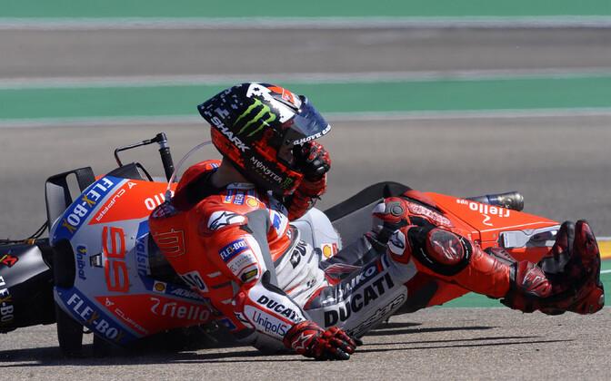 Jorge Lorenzo kodusel etapil Hispaanias, kus ta samuti kukkus