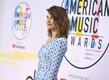 Ameerika muusikaauhinnad 2018, Cobie Smulders