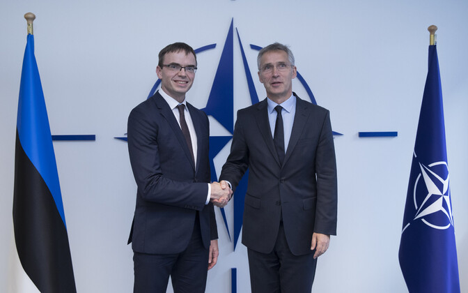 Estonian foreign minister Sven Mikser (left) with NATO Secretary General Jens Stoltenberg in Brussels on Thursday.