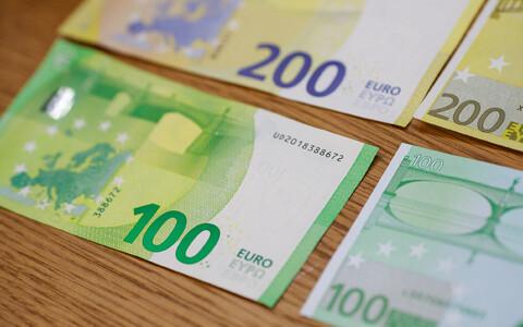Новые купюры 100 и 200 евро.