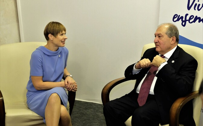 Kersti Kaljulaid meeting Armenian President Armen Sarkissian.