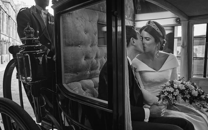 Printsess Eugenie ja Jack Brooksbanki ametlikud pulmafotod
