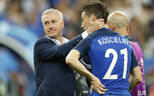 Didier Deschamps ja Laurent Koscielny