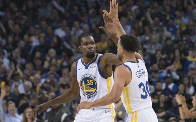 Kevin Durant ja Stephen Curry (Golden State Warriors)