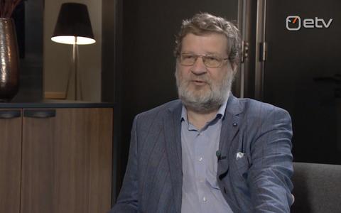 Kirjanik Rein Raud.