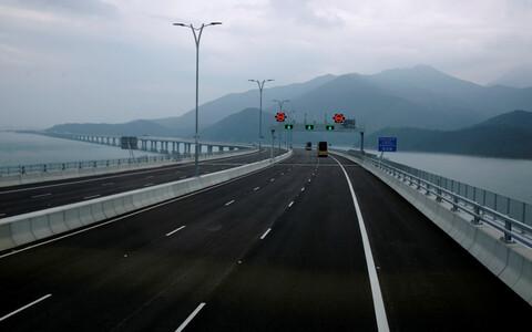 Cамый длинный морской мост в мире соединил Гонконг, Макао и Чжухай.