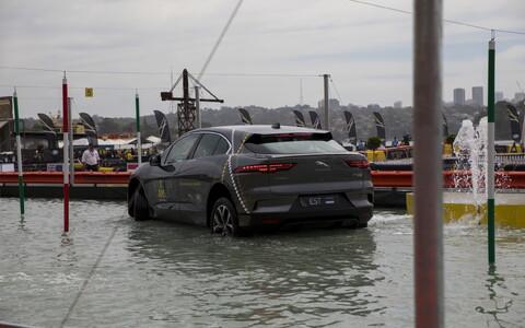 Võitmatute mängud. Jaguar Land Roveri täpsussõit.