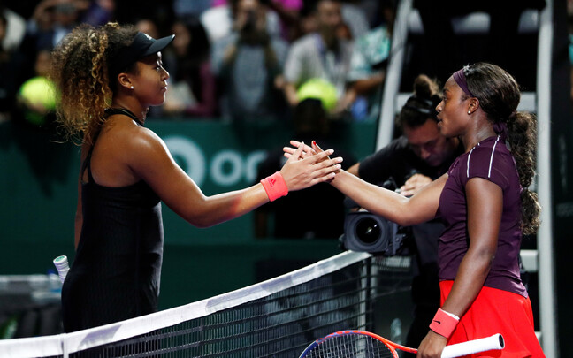 Naomi Osaka (vasakul) ja Sloane Stephens