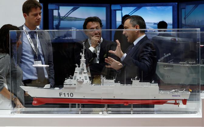 Navantia laevatehase F110 klassi fregati mudel näitusel.
