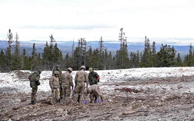 Saksa ja Läti sõjaväelased Norras Trident Juncture õppusel.