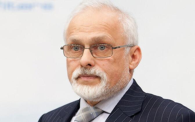 Валерий Лавров.