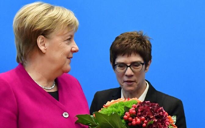Angela Merkel ja Annegret Kramp-Karrenbauer.