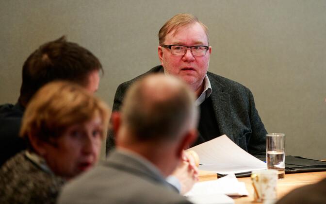 Март Лаар на заседании совета Банка Эстонии.