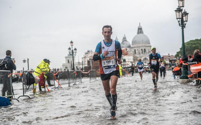 Jooksjad Veneetsia maratonil