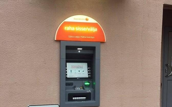 Swedbanki sularahaautomaat Räpinas
