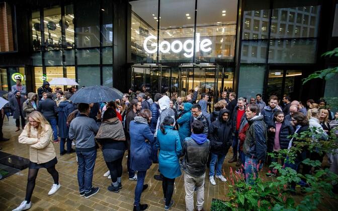 Google'i töötajate tööseisak Londonis.
