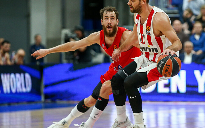 Moskva CSKA resultatiivseim mängija Sergio Rodriguez (vasakul)