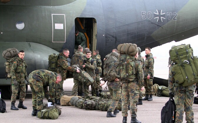 Немецкие военные.