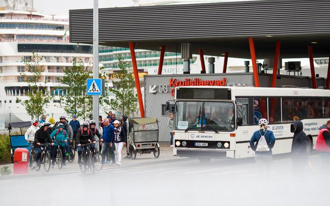Около 70% иностранных туристов посещают Таллинн.