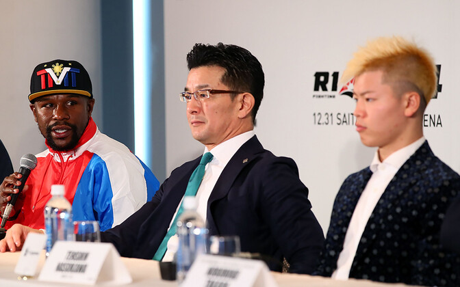 Floyd Mayweather (vasakul) ja Tenshin Nasukawa (paremal)
