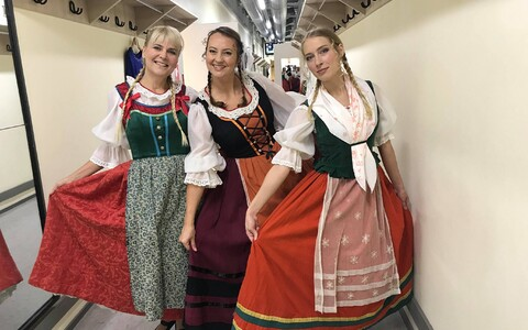 Astrid Kannel (vasakul) ja portaali Menu toimetajad Kerttu Kaldoja (keskel) ja Rutt Ernits-Sups Estonias.