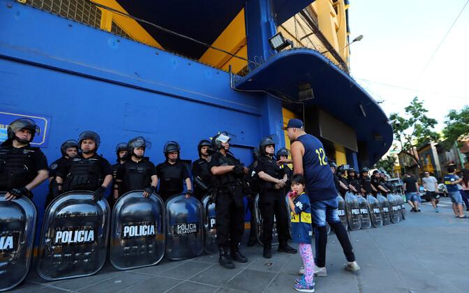 Buenos Airese märulipolitseinikud on suureks kohtumiseks valmis