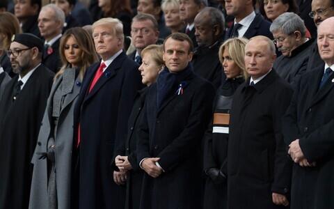 Мировые лидеры в Париже.