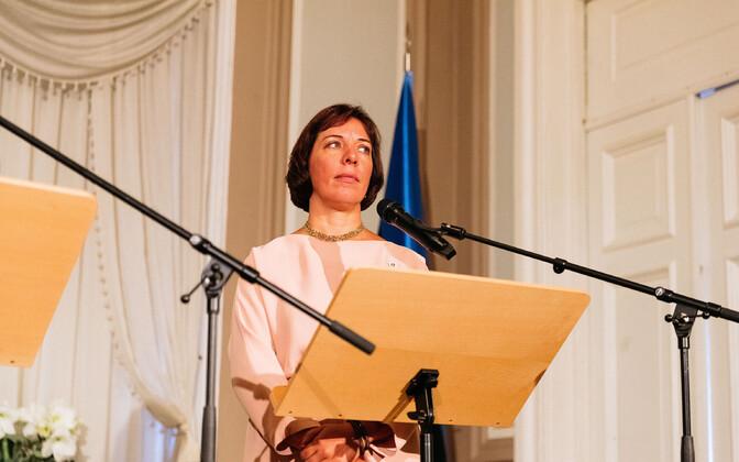 Mailis Reps pressikonverentsil