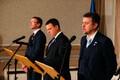 Sven Misker, Jüri Ratas ja Urmas Reinsalu pressikonverentsil