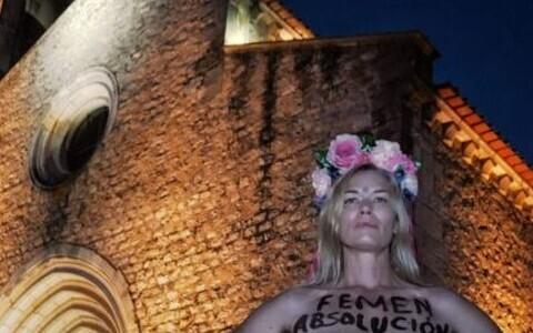 Активистка Femen.