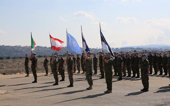 Eesti lipu langetamise tseremoonia Lõuna Liibanonis UN baasis 2-45.