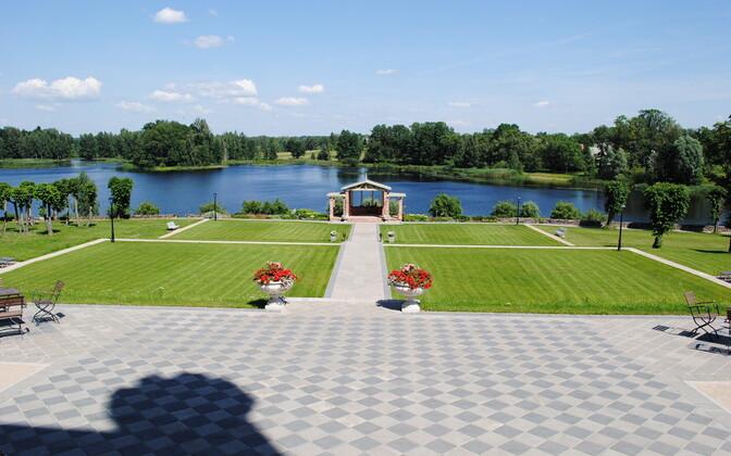 Birini lossi park