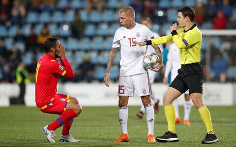 Läti teenis Andorra vastu punase kaardi, mistõttu pidi teise poolaja vähemuses mängima